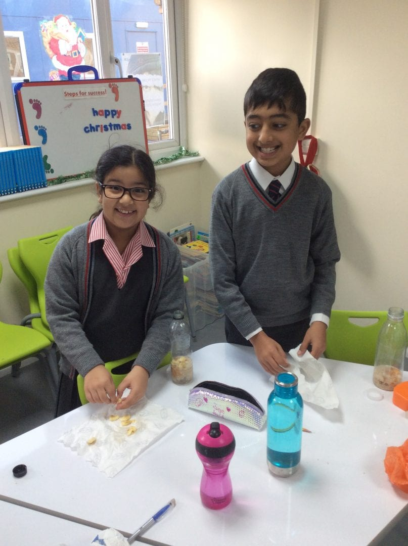 LCS pupils engage with Food lesson